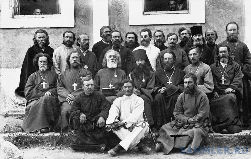 Духовенство 1-го армейского корпуса Галлиполи.jpg