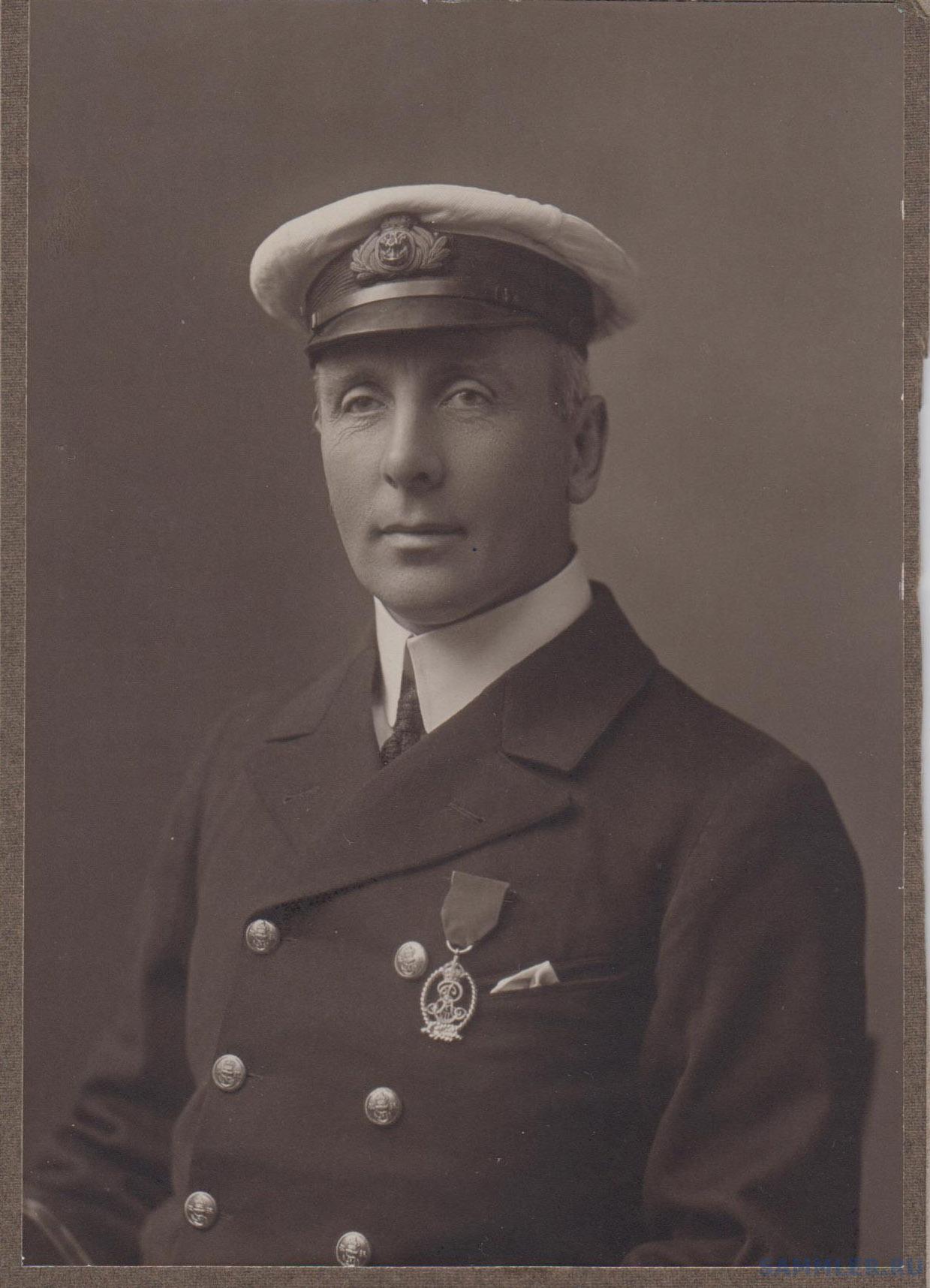 Royal Naval Reserve Decoration (E VII) a.jpg