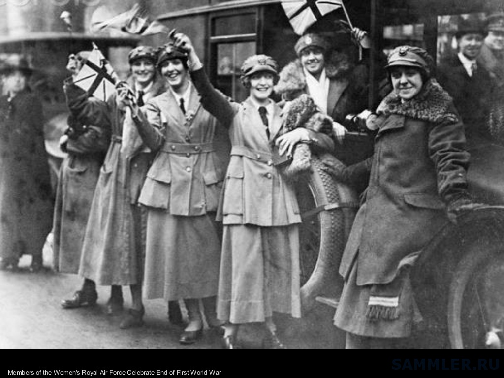role of womens in australia during world war one The role of australian women during world war i was focused mainly upon their involvement in the provision of nursing services australian women also played a significiant role on the homefront, where they undertook fundraising and recruiting activities as well as organising comfort packages for.
