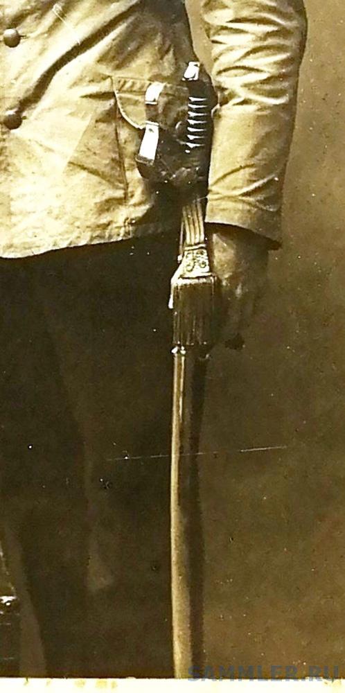 А-В. Фейнрих с саблей-4.jpg