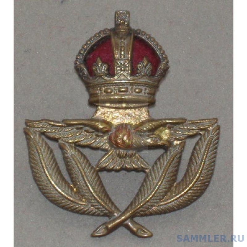 RAF-Muetzenabzeichen-Warrant-Officer-Schirmmuetze.jpg