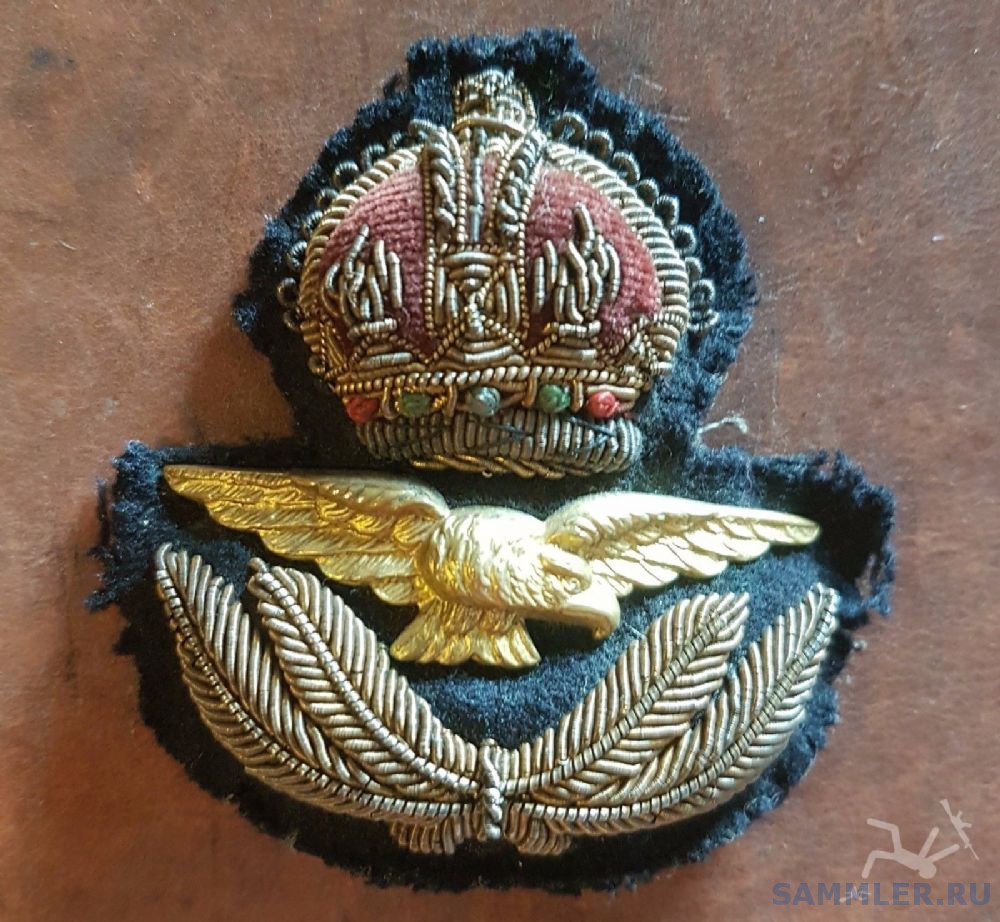 raf-ww2-kings-crown-officers-padded-bullion-wire-cap-badge-original-893-pekm1000x922ekm.jpg