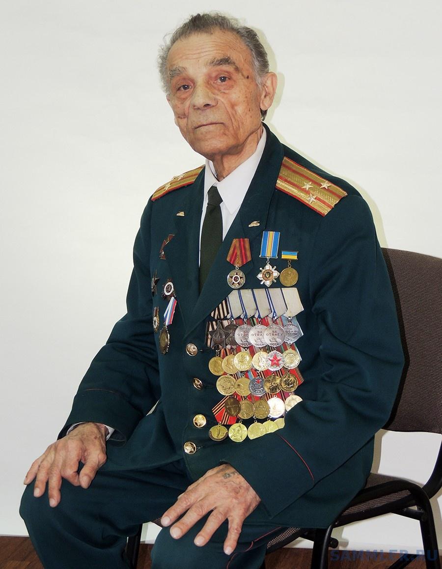 Петр Тимофеевич Старцев.jpg