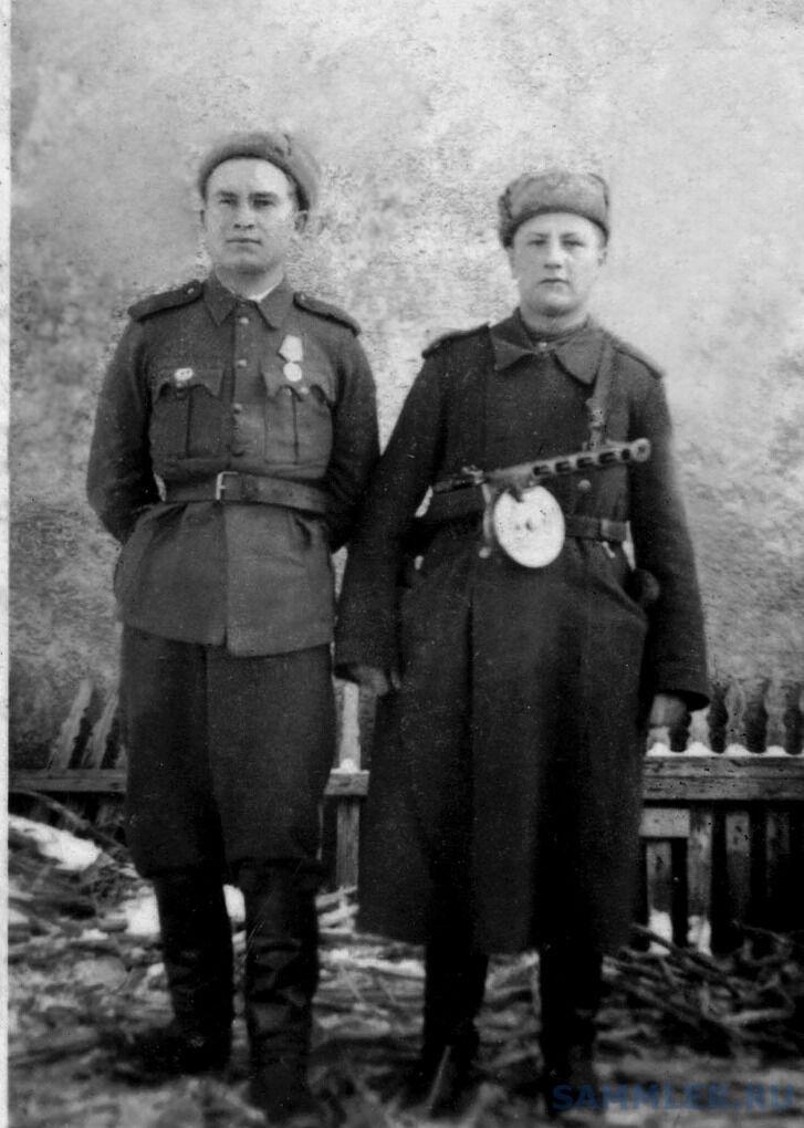 Г. Горбуров и И. Шиш. Венгрия, 4 марта 1945 г..jpg