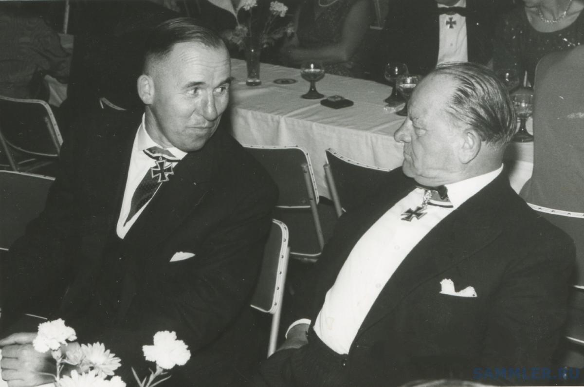 SS-Sturmbannführer Albert Stenwedel, 1959..jpg
