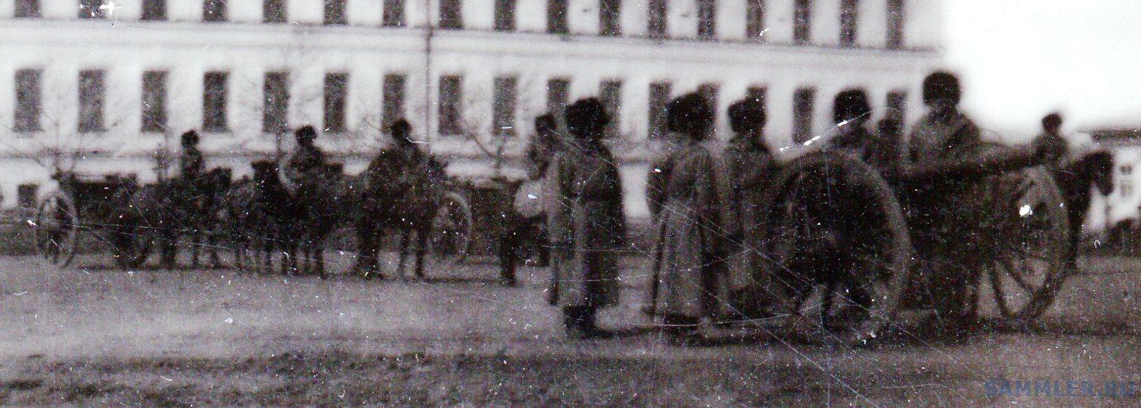 Омск. Кадетский корпус с пушками и построением - Фрагмент 3.jpg