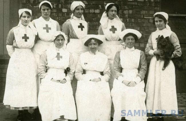 Nurses and VADs.jpg