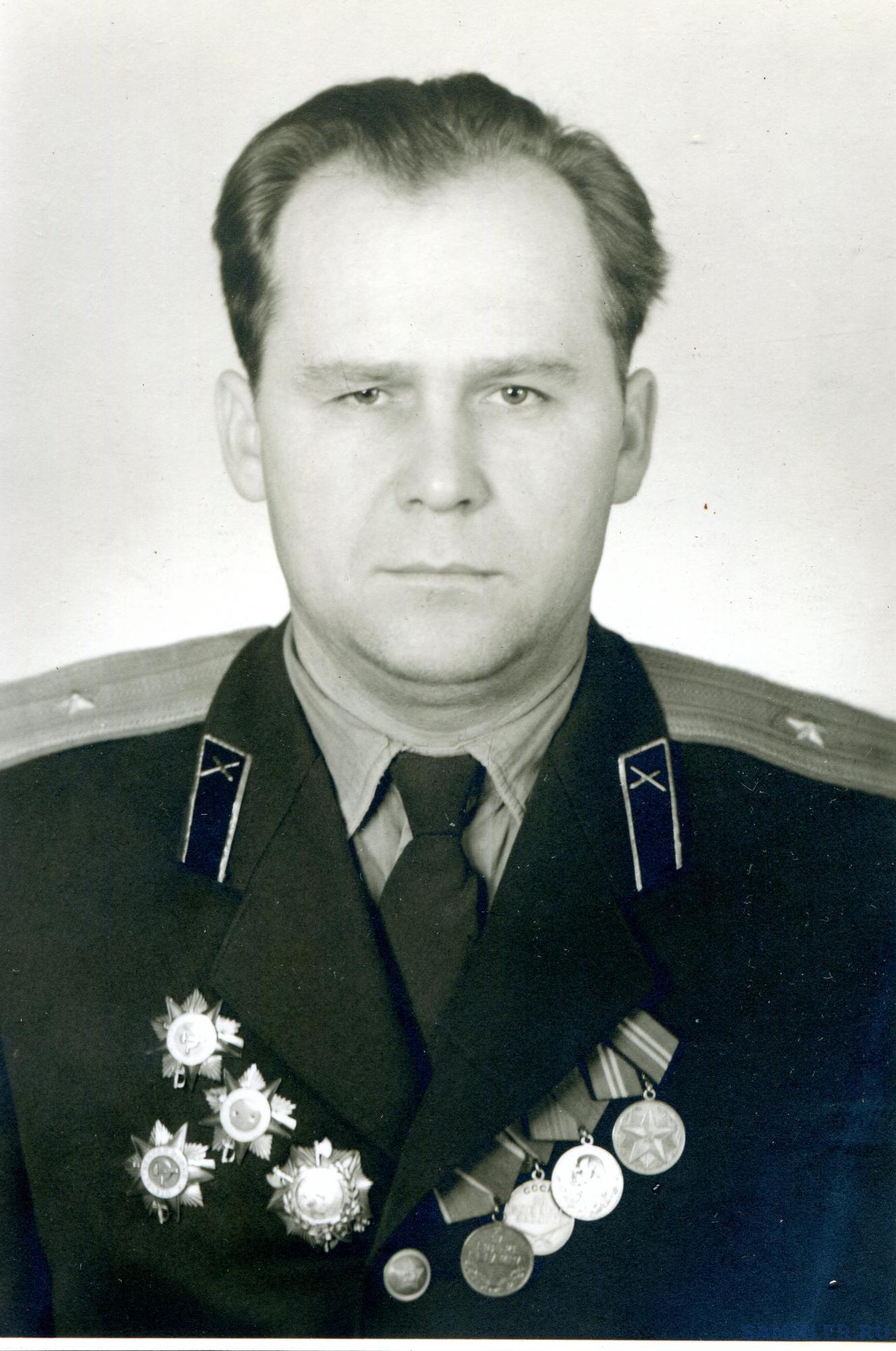 Петухов Иван Яковлевич 5.12.1960 из коллекции Н. Женина.jpg