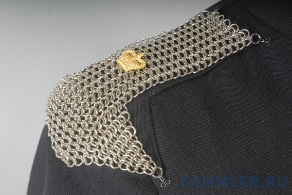 16th-5th Lancers Offr's Blue Patrol Tunic with Shoulder Chains.jpg