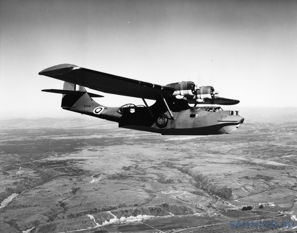Consolidated_28-5AMC_Canso_RCAF_9750_3Jan42_mfr_A-540_(16162568619).jpg