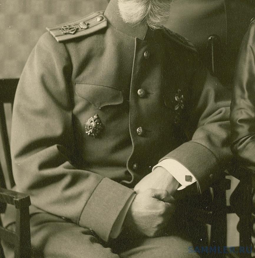 Полковник Носов_форма.jpg