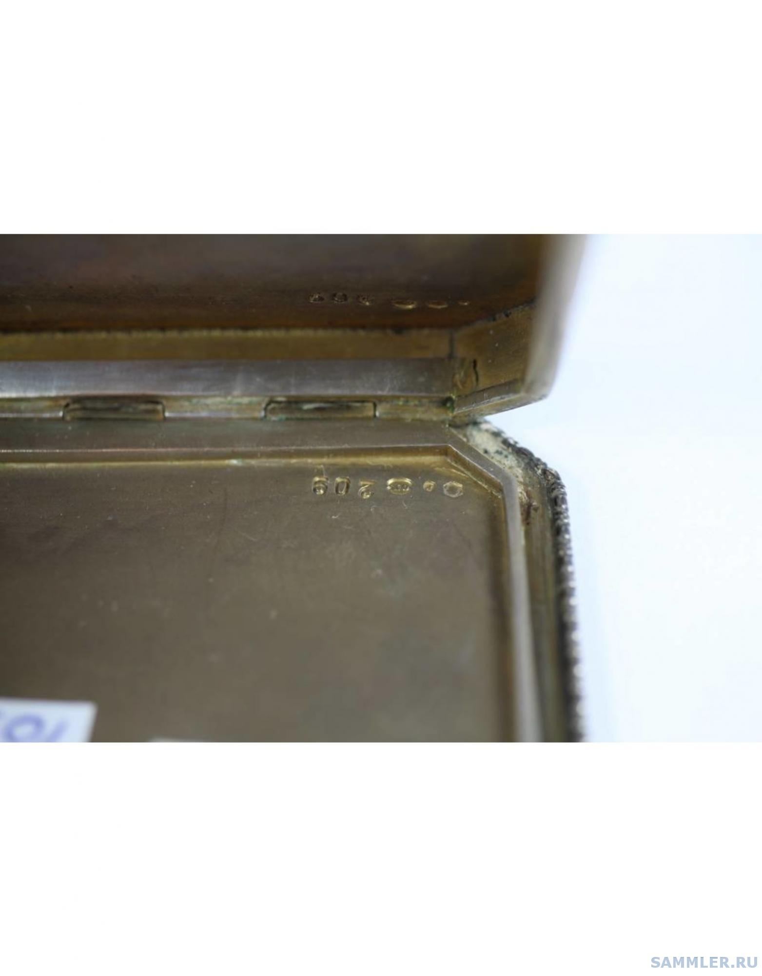 zilver-geemailleerde-russisch-hongaarse-doos (5).jpg