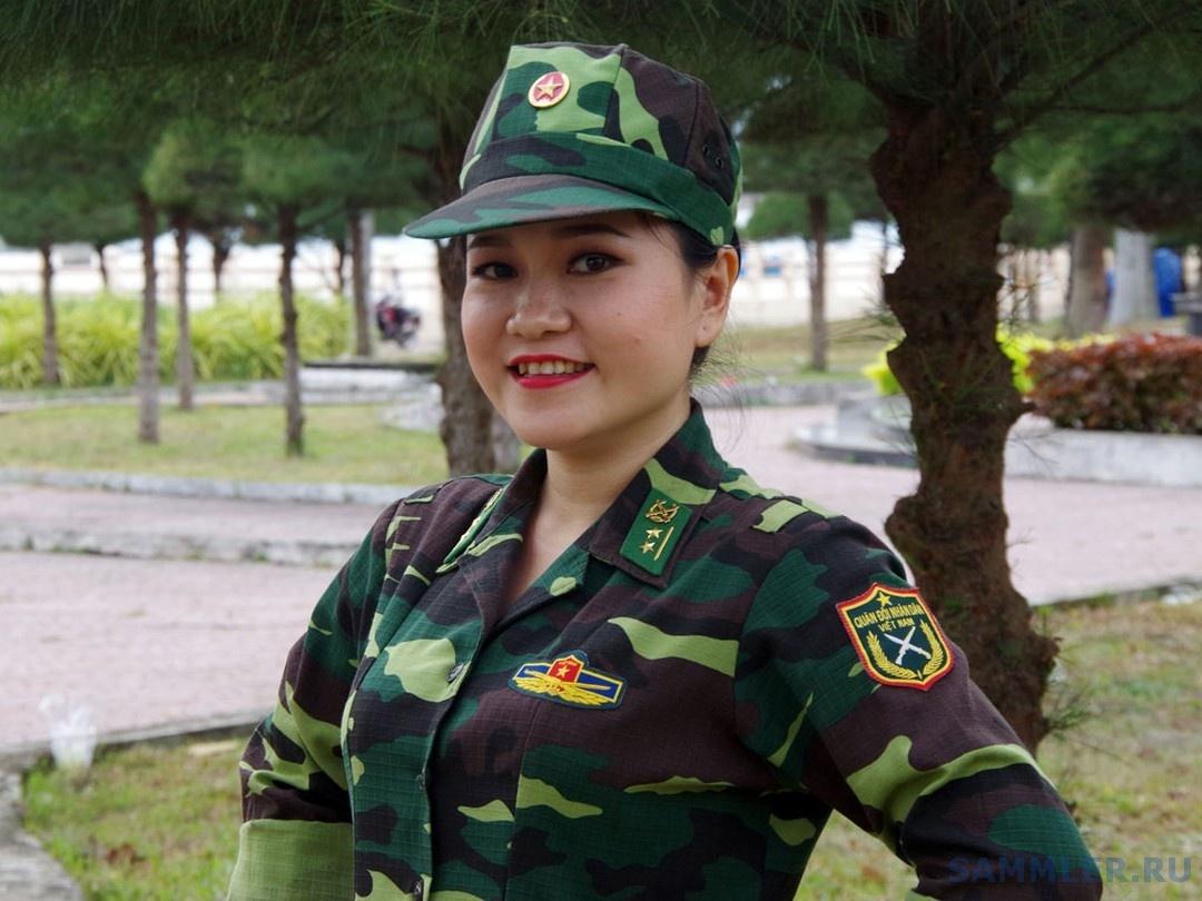 Лейтенант Нгуен Тхи То Куен, пограничная служба Социалистической Республики Вьетнам..jpg