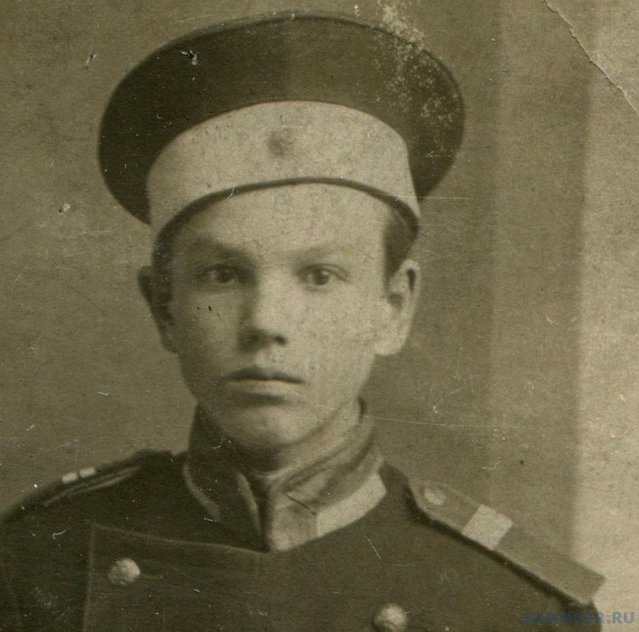 мальчик с медалями1.jpg