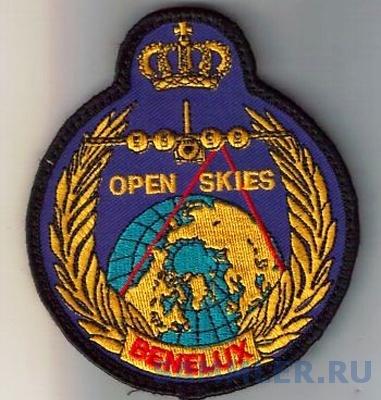 benelux-open-skies-patch-130-velcro_1_ae8645b1a438bfa72669d2f022366edf.jpg
