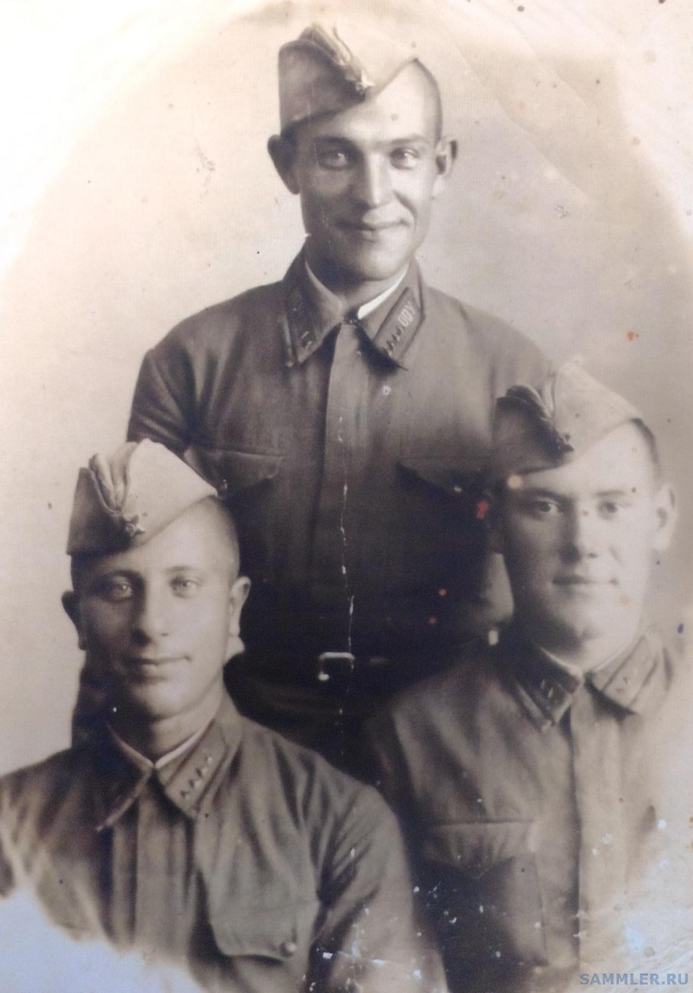 1939 -1940 Курсанты Осиповичевского Пех. У.jpg
