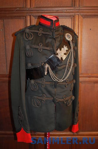 Kings_Royal_Rifle_Corps_Officers_Full_Dress_Tunic.jpg
