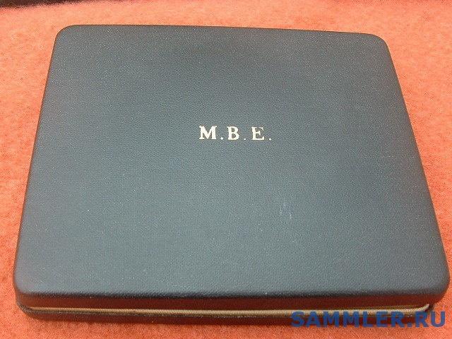 THOMAS_FATTORINI_M.B.E_MBE_MEDAL_BOX.jpg