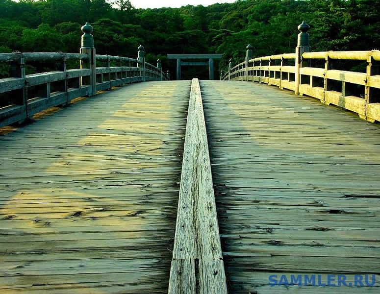 uji_bridge_walkway________.jpg